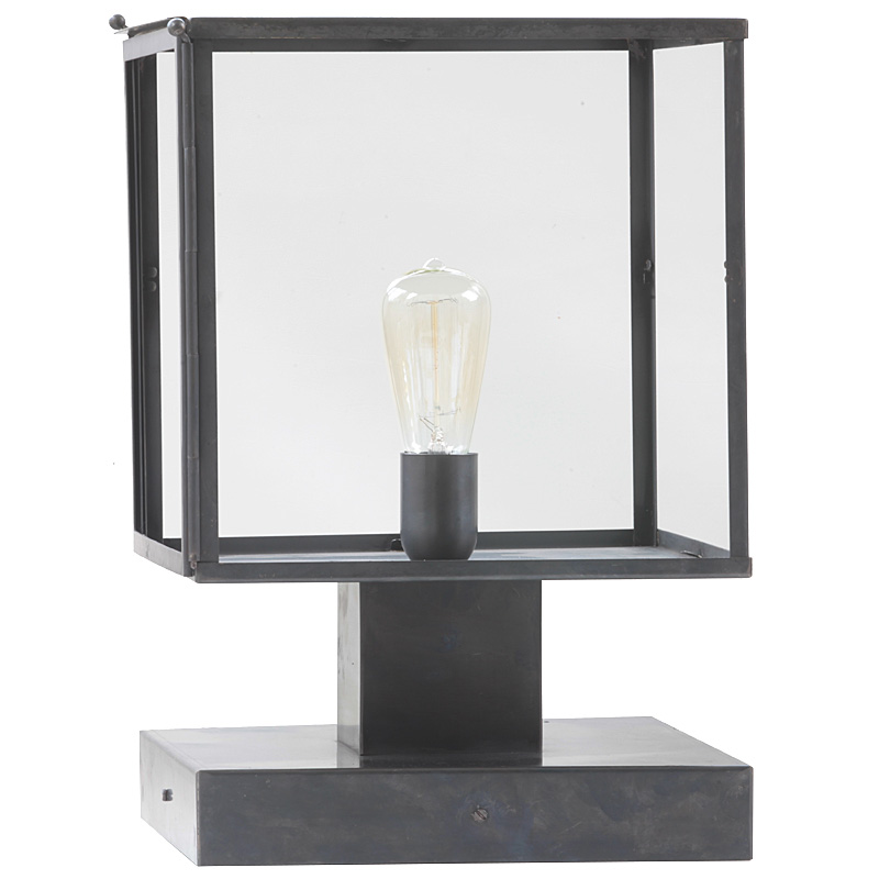 Art d co outdoor pedestal light vitrine terra lumi for Art deco exterior light fixtures