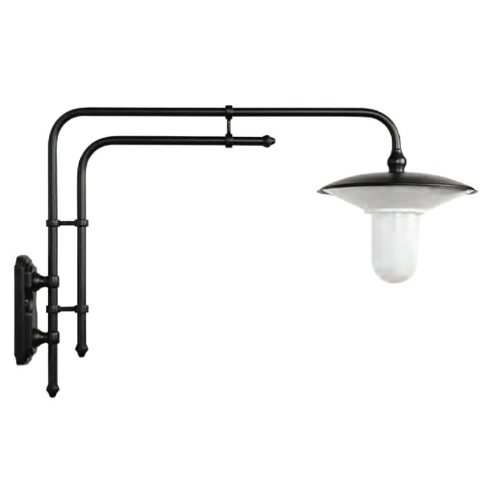 gro e wandlampe f r au en mit tiefem auslegerarm terra lumi. Black Bedroom Furniture Sets. Home Design Ideas