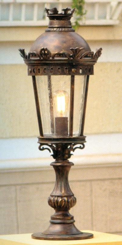 classy wrought iron pedestal lantern al 6721 terra lumi. Black Bedroom Furniture Sets. Home Design Ideas