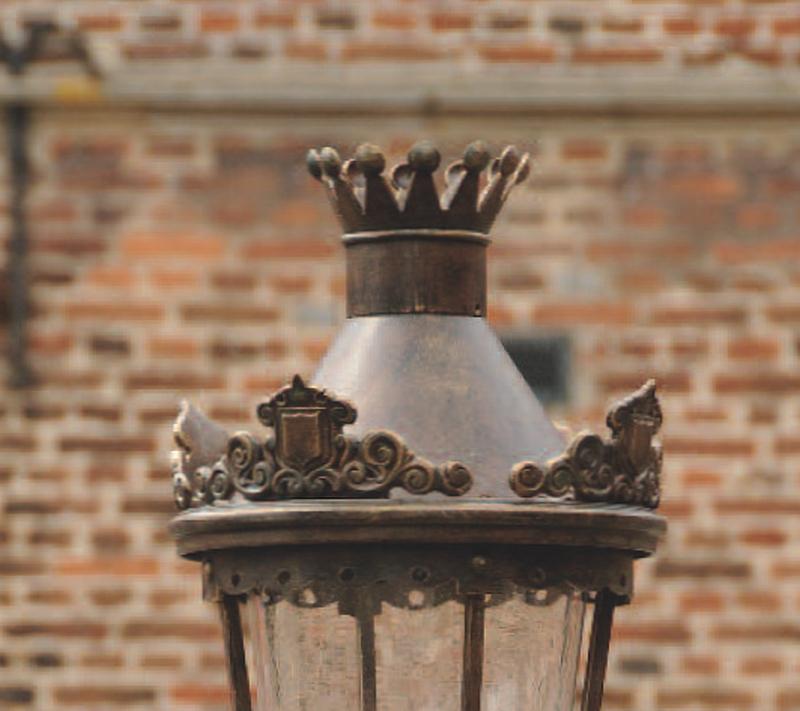 nobel wrought iron pedestal light al terra lumi. Black Bedroom Furniture Sets. Home Design Ideas