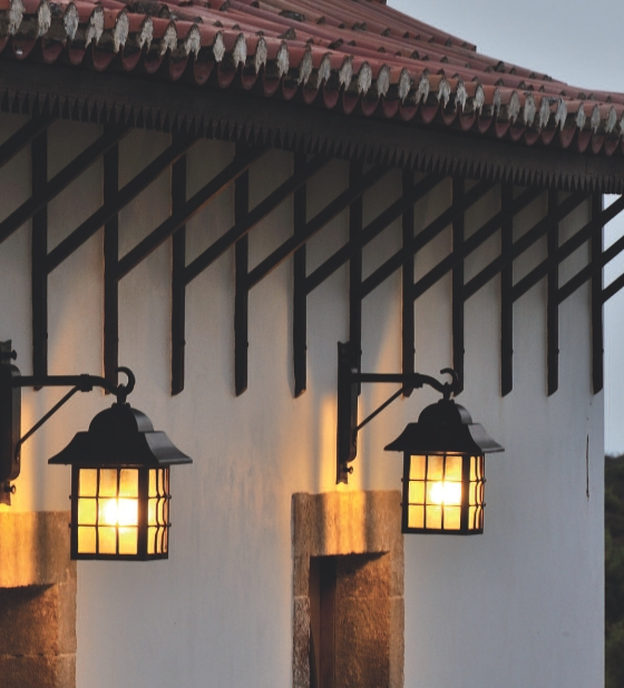 german wrought iron wall lantern wl 3501 terra lumi. Black Bedroom Furniture Sets. Home Design Ideas