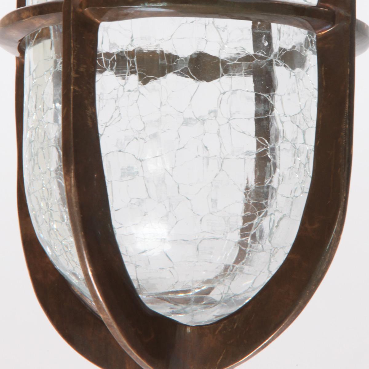 Vergitterte deckenleuchte mit craqueliertem glas airegon for Deckenleuchte glas